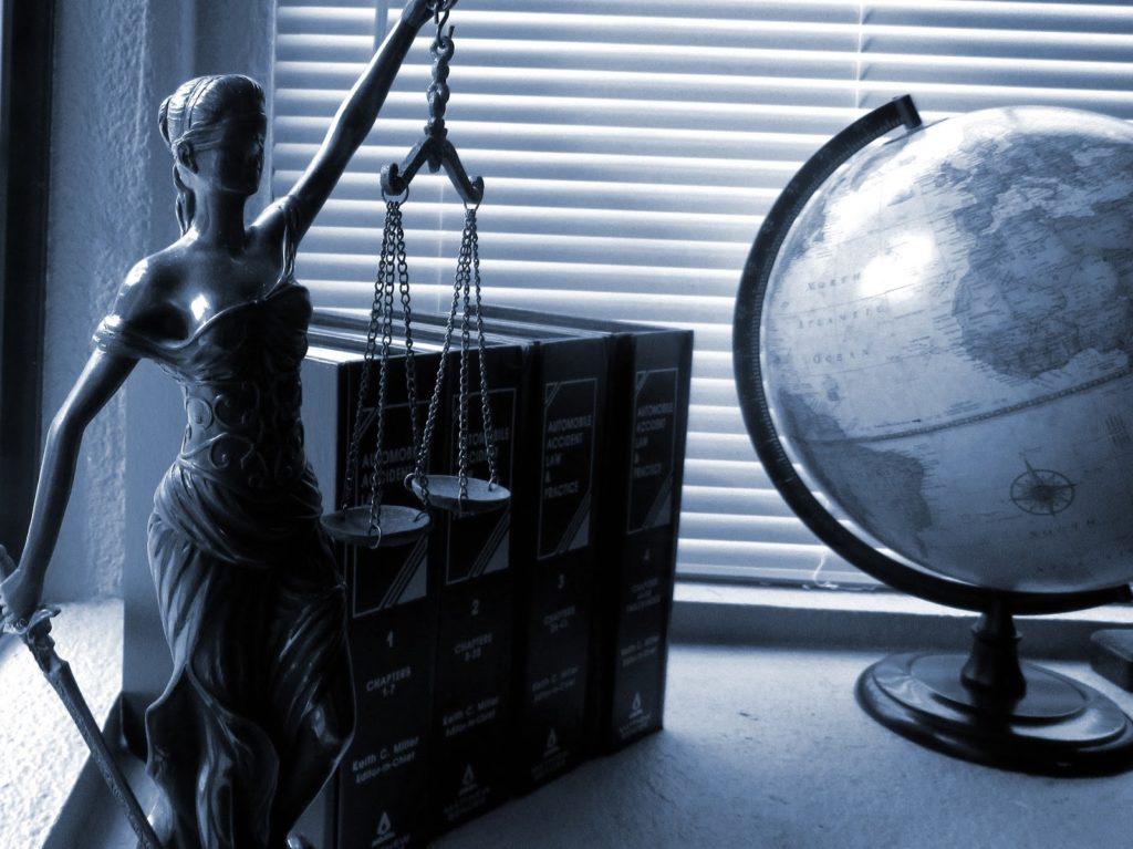temida, sprawiedliwość, błąd medyczny