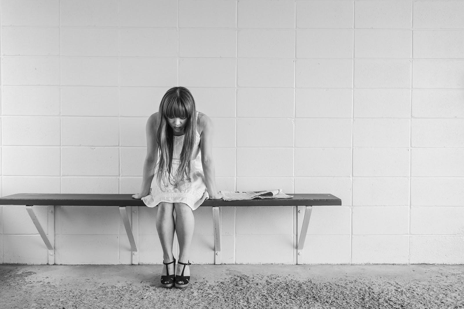 smutek, dziecko, samotność, strata, śmierć, żałoba,