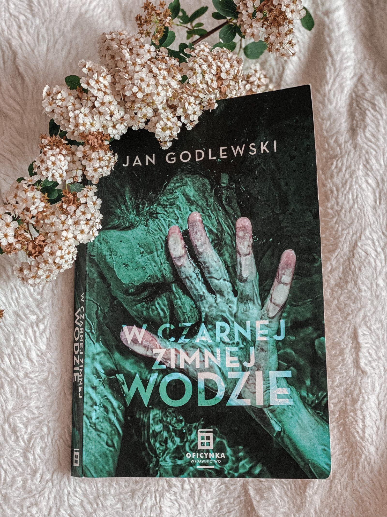 J. Godlewski - W czarnej zimnej wodzie